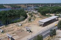 Строящийся мост через р. Днепр