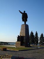 Памятник Ленину (порт Ленина)